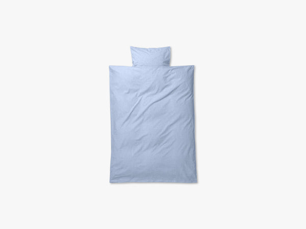 Hush Bedding - Junior Set, Light Blue fra Ferm Living