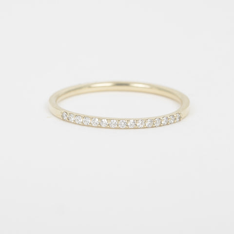 Band With Asymmetrical Rows Of Diamonds