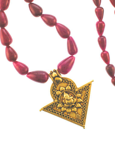 18K Ganesha Pendant on Cabachon Ruby