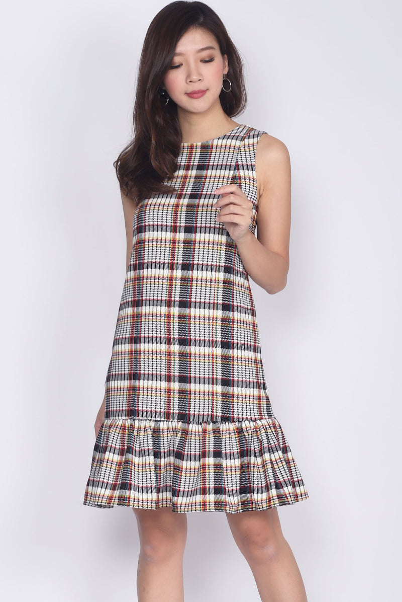 Jules Plaids Drop Waist Dress In Brown