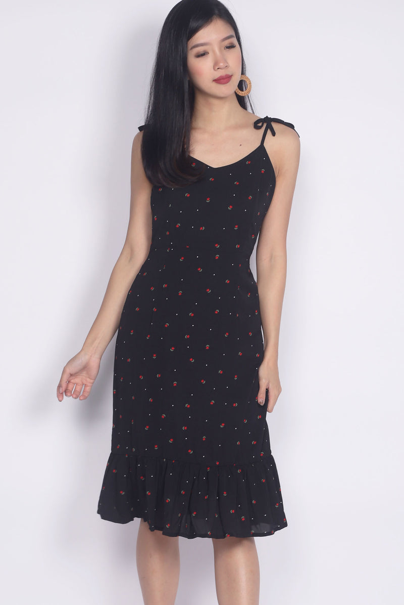 TDC Briott Tie Shoulder Dress In Black