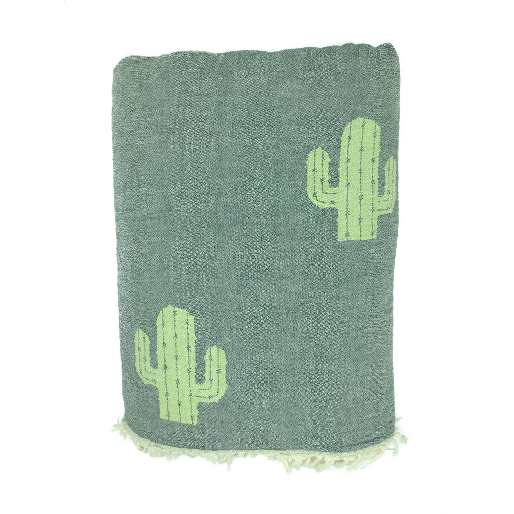 Jacquard Woven Cactus Throw with Fleecy Back