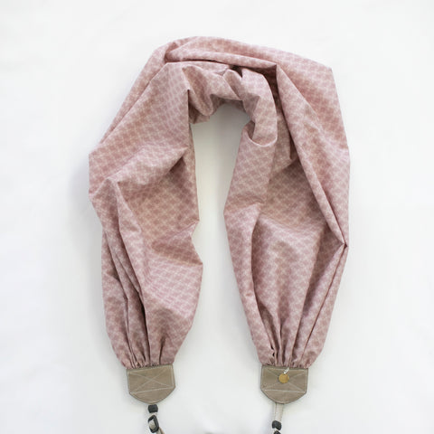 scarf camera strap lavender lattice - BCSCS147