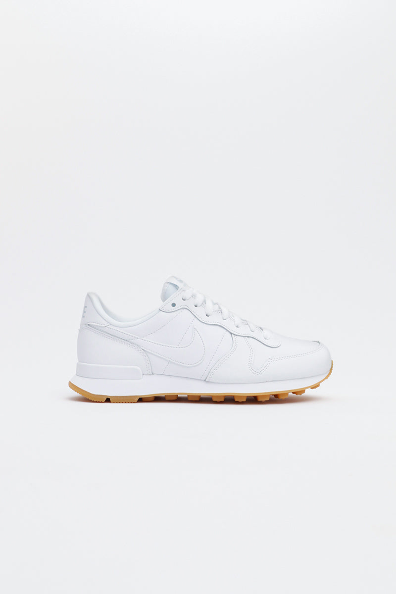 Nike - Internationalist Women (white/white-white-gum light brown) 828407-103