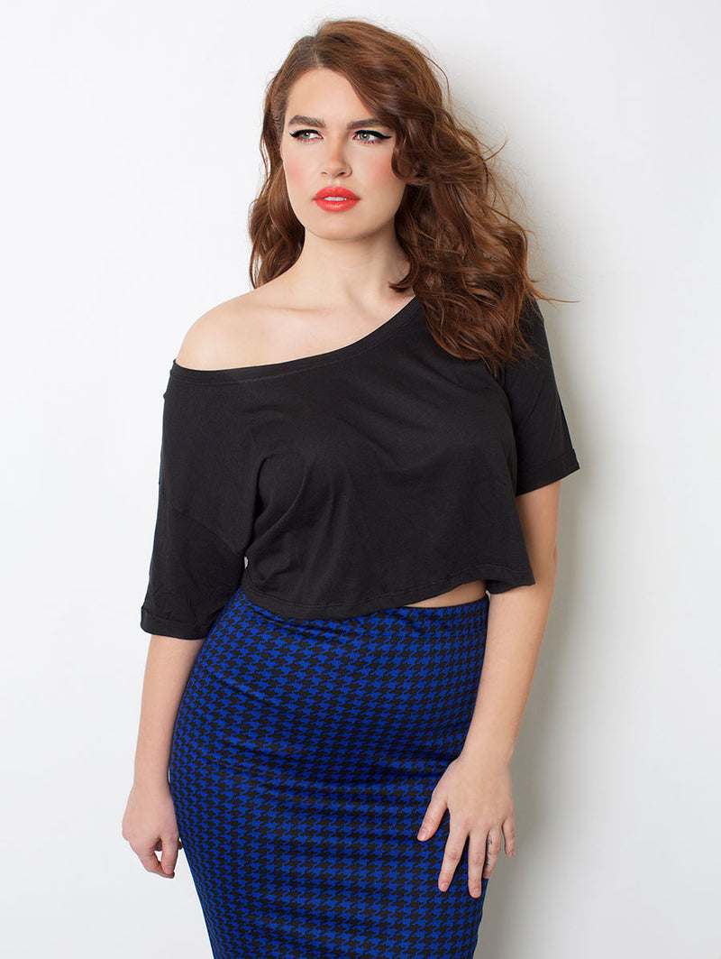 Black Relaxed Fit Crop Top plus sizes