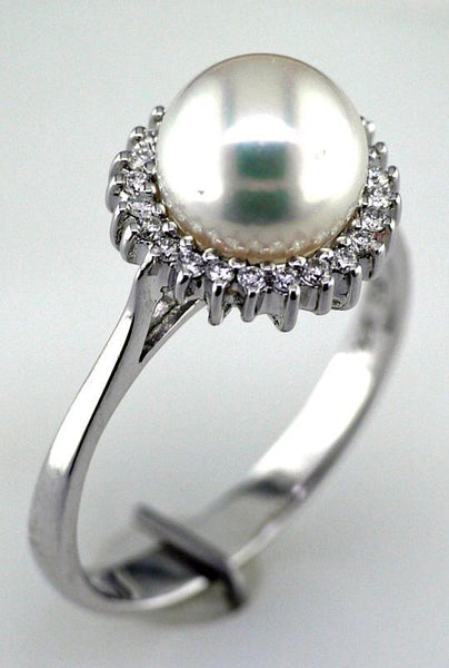 14 Karat White Gold Akoya Pearl and Diamond Ring