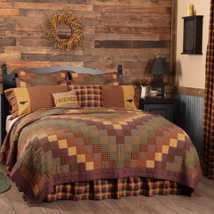 Heritage Farms Quilt at Retro Barn