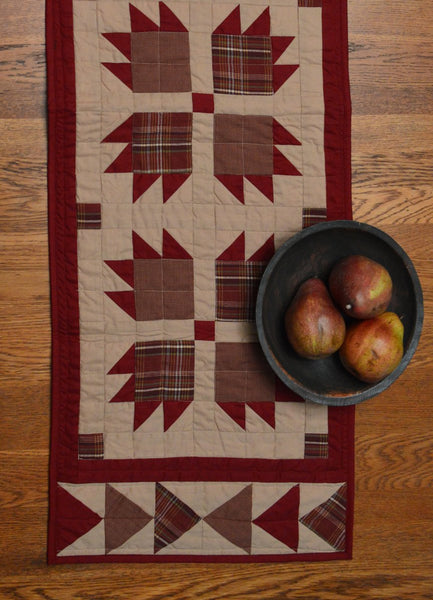 Burgundy Bear S Paw Runner Retro Barn Country Linens