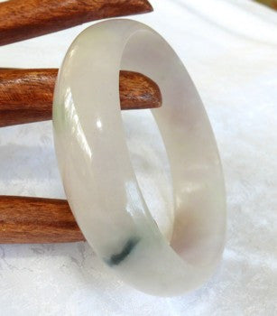 Green Vein on Soft Lavender Jadeite Bangle 58.5mm (JBB3013)