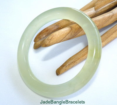 Classic Round Translucent Traditional Chinese Jade Bangle Bracelet 60mm (JBB-3355)