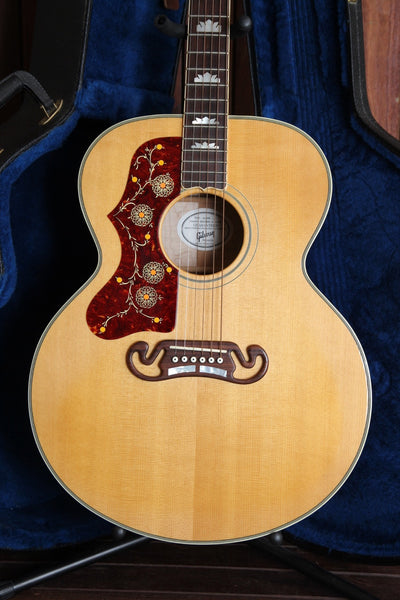 Gibson SJ-200 Antique Natural Acoustic Guitar 2008 Left Handed Pre-Owned