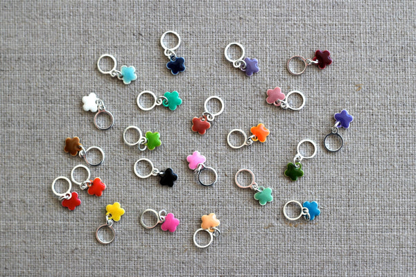 8 Flower Stitch Markers
