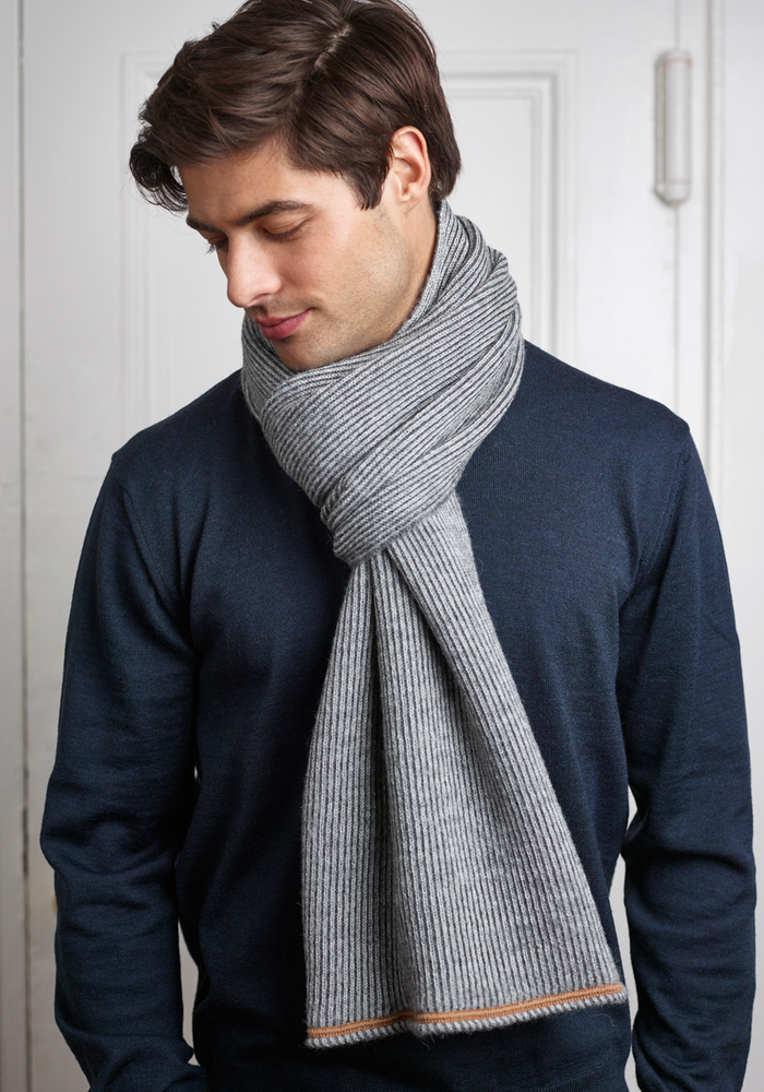 Fisher Scarf in Charcoal/Lt. Gray