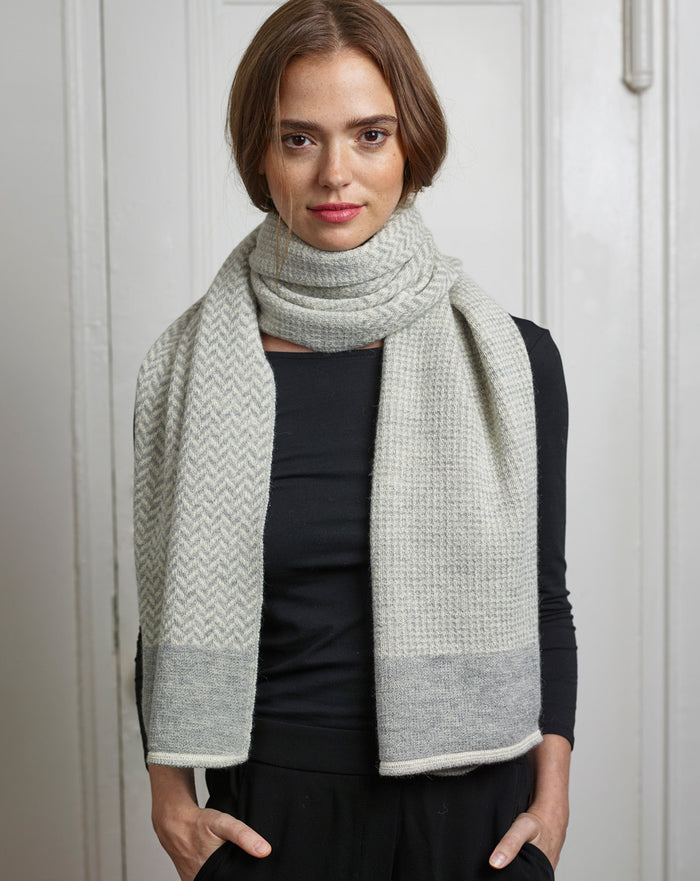 Harper Wrap in Gray/Ivory
