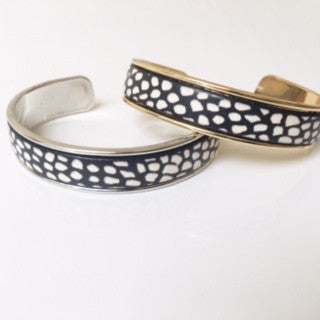 Black/White Spotted Leather Cuff