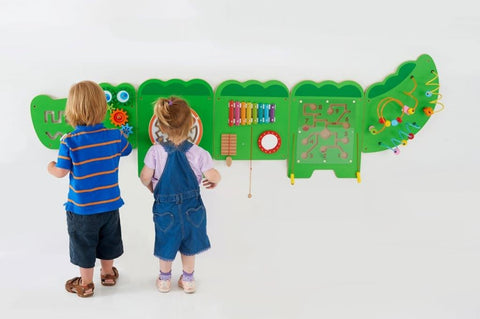 Activity Set - Crocodile Wall Set
