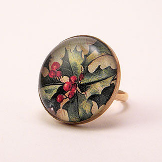 Deck The Halls Holly - Holiday Jewelry Cocktail Ring