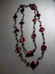 Acrylic Glass Burgundy Beads Black Felt cover Wire Necklace (N1089)