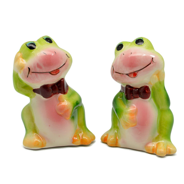Animal Salt and Pepper Shakers Frogs Basket