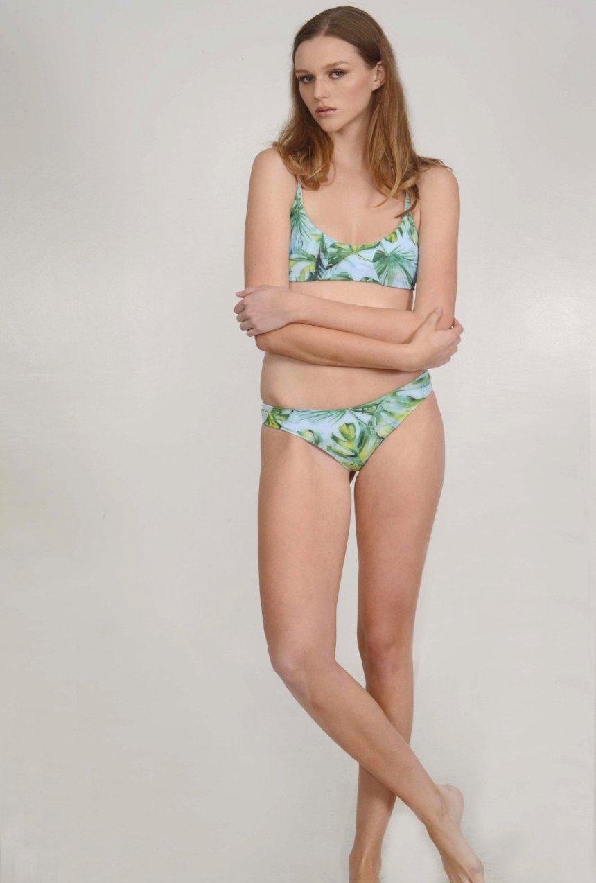 The Bobby – Cheeky Bikini Bottom in Island Escape Palm Print