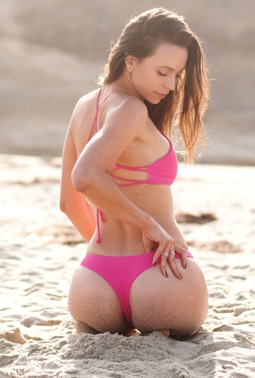 The Bobby – Cheeky Bikini Bottom in High Maintenance Pink