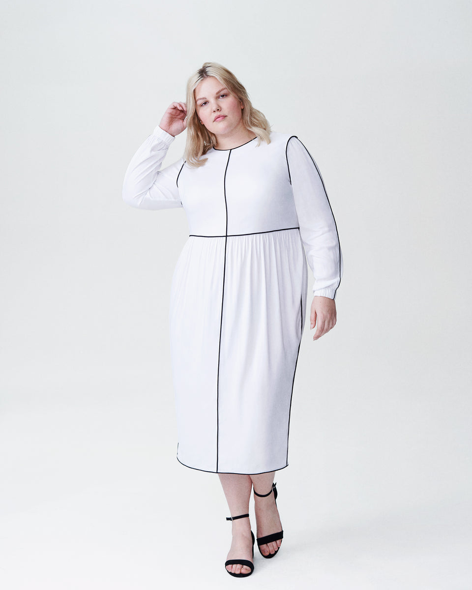 Arga Outline Dress - White