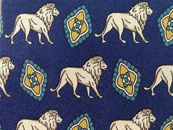 TIE Lion & Diamond on Blue Animal Repeat Novelty Silk Necktie 19