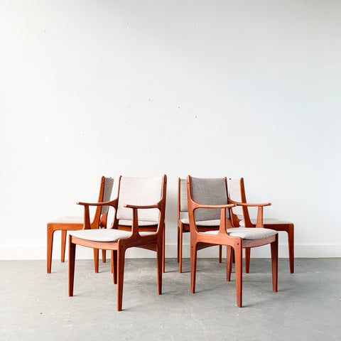 Set of 6 Danish Teak Johannes Andersen Dining Chairs - New Upholstery