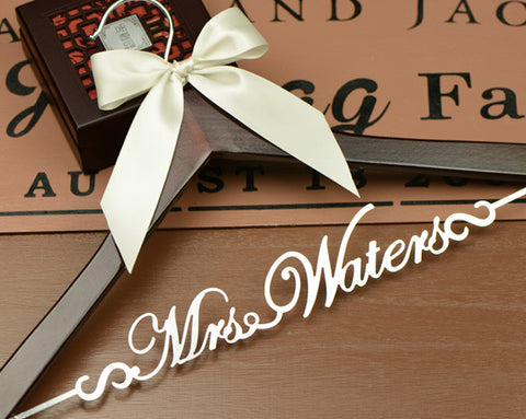 Personalized wedding hanger, Deluxe Bridal Hanger, Bride or Bridesmaid Name Wedding Dress Hanger EL001