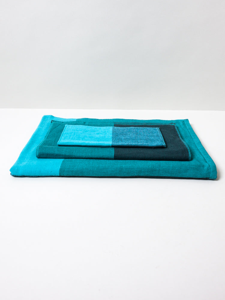Chambray Block Towel, Teal/Black