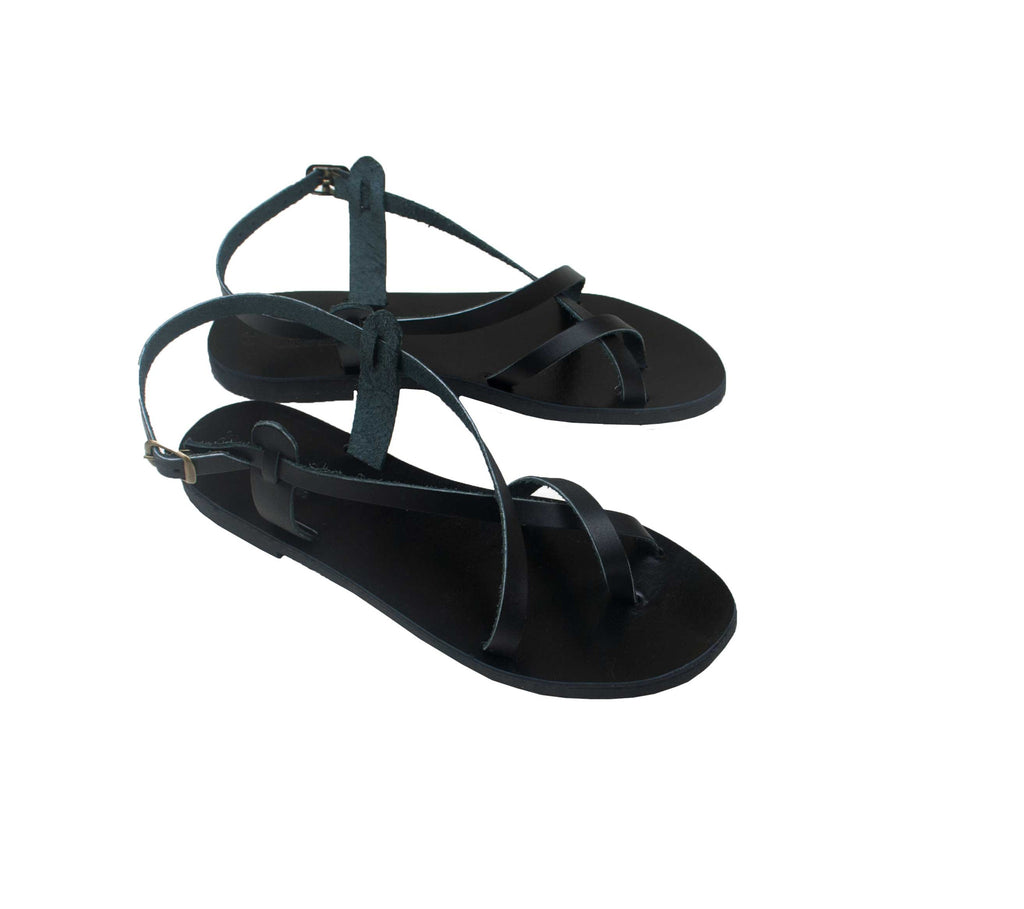 The Maria sandals in black!