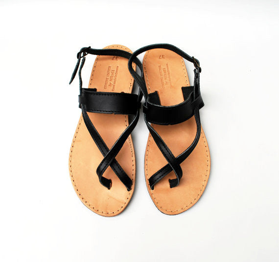 Black toe wrapper sandals