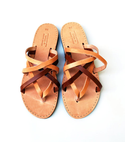 "Two color ""Hera"" women slides sky view"