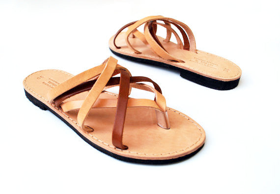 "Two color ""Hera"" women slides side view"