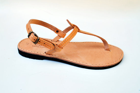T strap leather sandals in natural brown