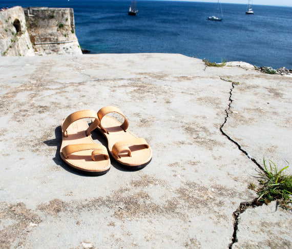 Natural brown men's leather sandals