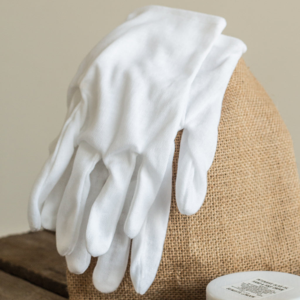 cotton gloves, dry hands, natural hand cream, cotton gloves, dry skin