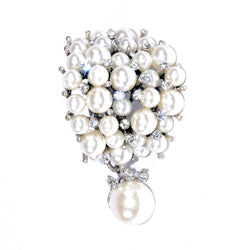 Pearl Cluster Scarf Charm