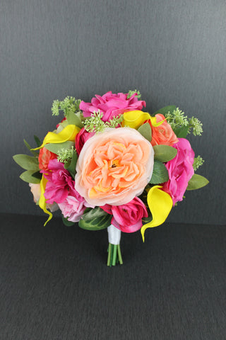 A Bright & Vibrant Brides Bouquet