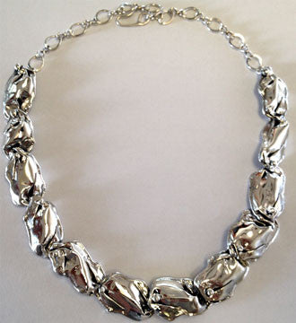 A Silver Petal Necklace 12 Link