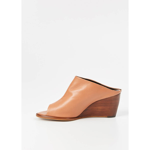 Tan-Wedge-Robert-Clergerie