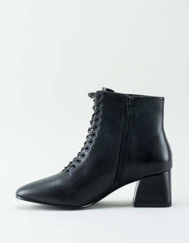 Vagabond Alice Lace-Up Leather Boot Black