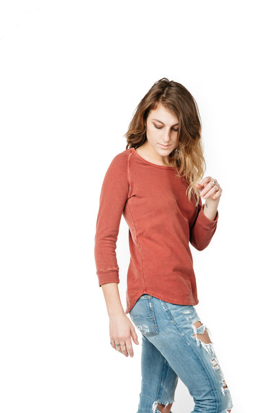 WOMEN'S LIGHTWEIGHT SWEATER RED TATTERED