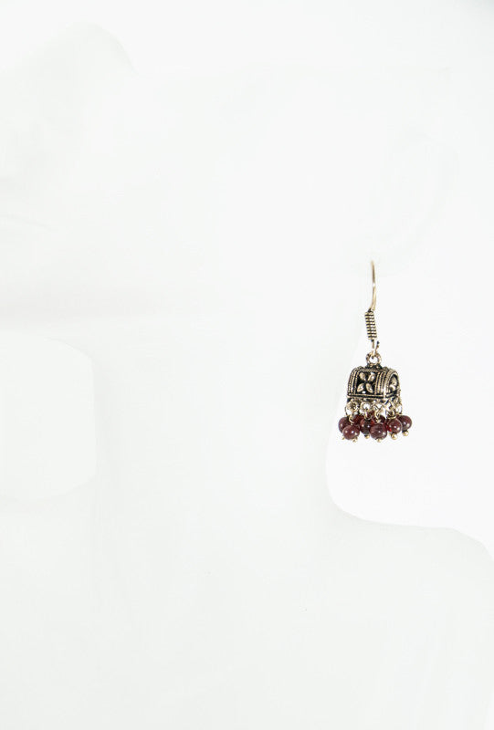 Gold metal earrings with brown beads - Desi Royale