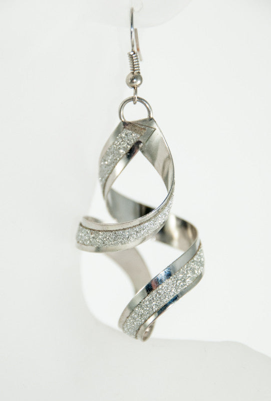Silver chandelier earings - Desi Royale