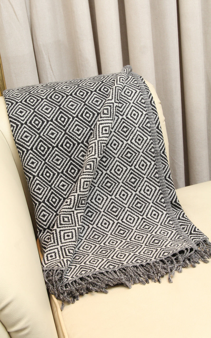 100% lambswool monochrome diamond pattern design boiled woollen blanket