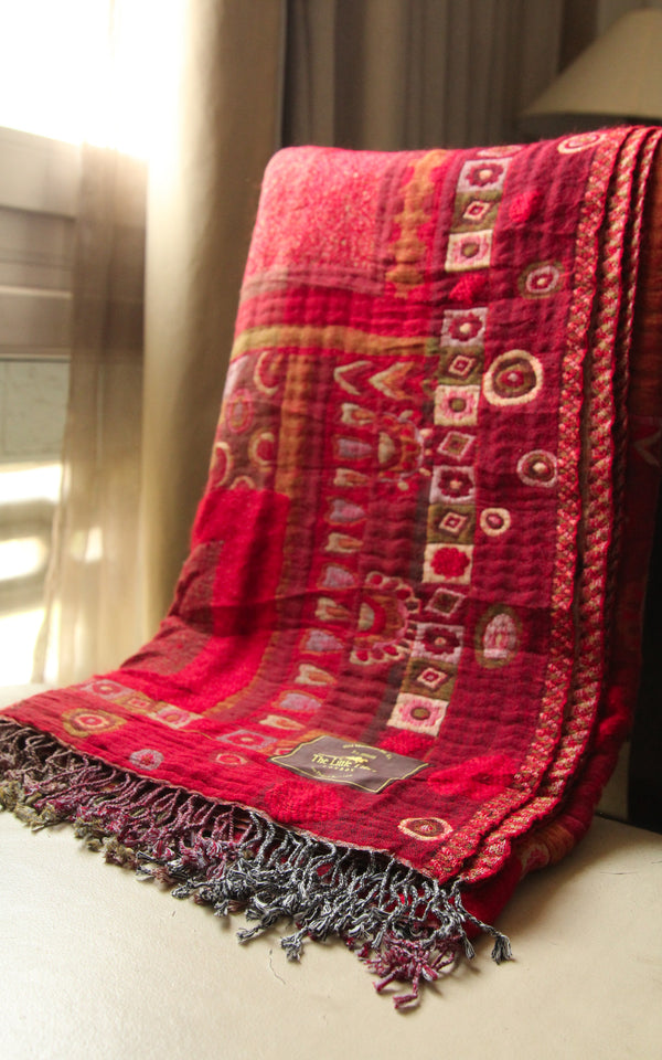 100% lambswool aztec red stylish reversible boiled wool blanket