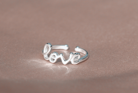 "Personalized letters ""LOVE"" 925 sterling silver ring, a perfect gift !"