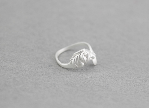 925 Sterling Silver mighty lion Adjustable ring ,a perfect gift !