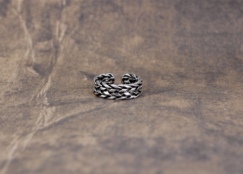 925 sterling silver   Thai silver restoring ancient ways personality chain ring,a simple perfect gift !